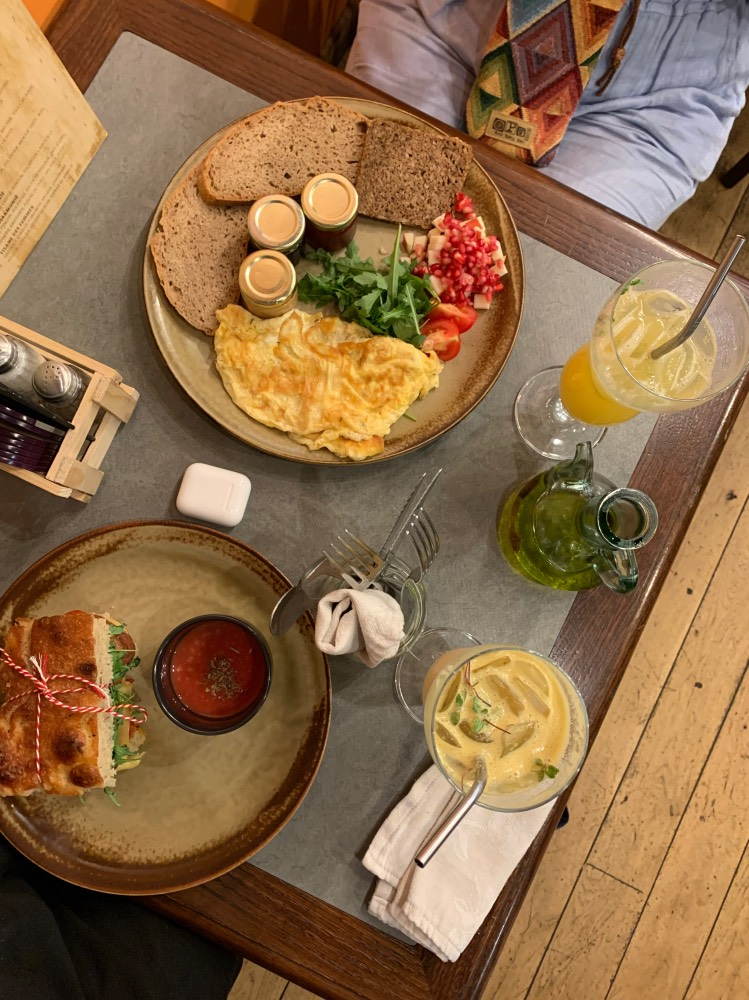 Espectacular desayuno en The Sister Brussels Café