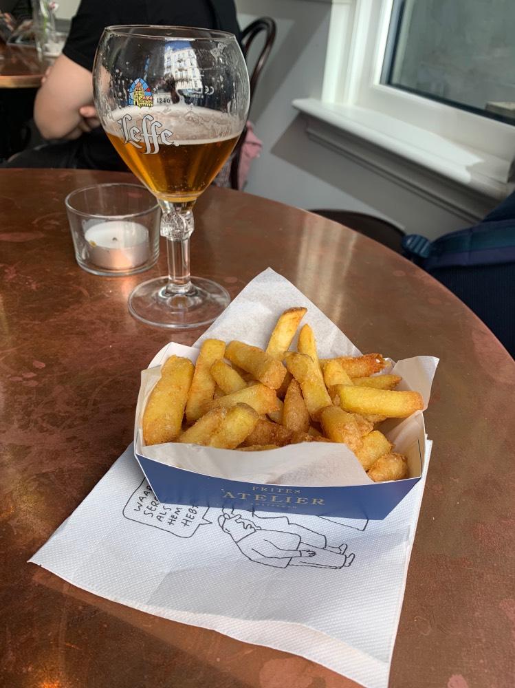 Dónde comer en Bruselas bien y barato: Frites atelier