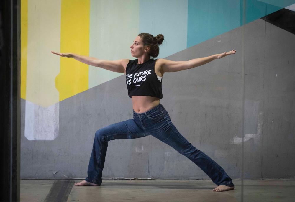 Belén Kayser, además de periodista, es instructora de yoga