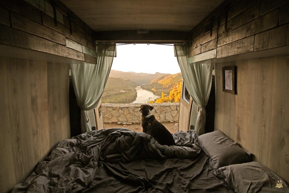 Con una furgoneta puedes despertarte siempre con las mejores vistas.