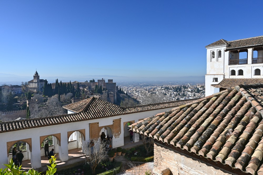 Visitar la Alhambra de Granada: Vistas de la Alhambra y de la ciudad desde el Generalife