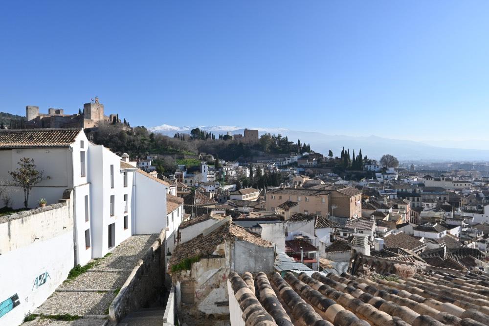 Dónde comer en Granada bien y barato: vistas de Granada y de la alhambra