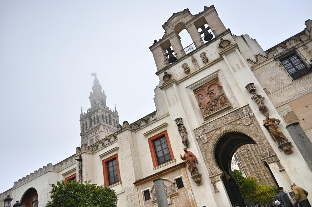 Visitar La Catedral De Sevilla Y La Giralda Año 2020 La Maleta De Carla