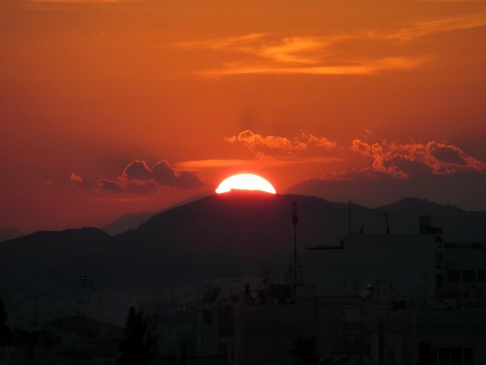 Un atardecer increíble en Atenas
