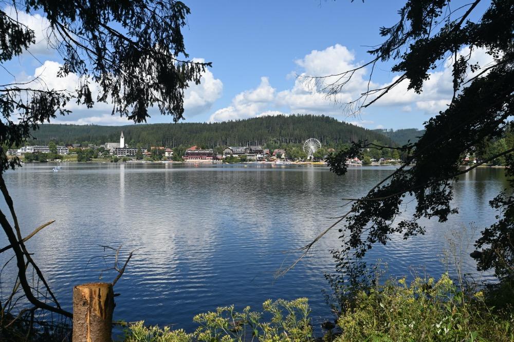 El lago titi en la Ruta por la Selva Negra